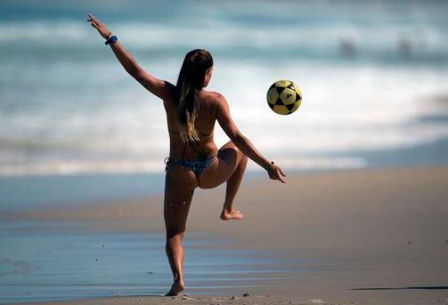 Футбол на бразильских пляжах