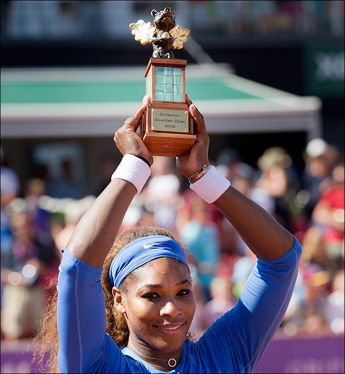 Серена Уильямс уверенно победила в Бостаде
