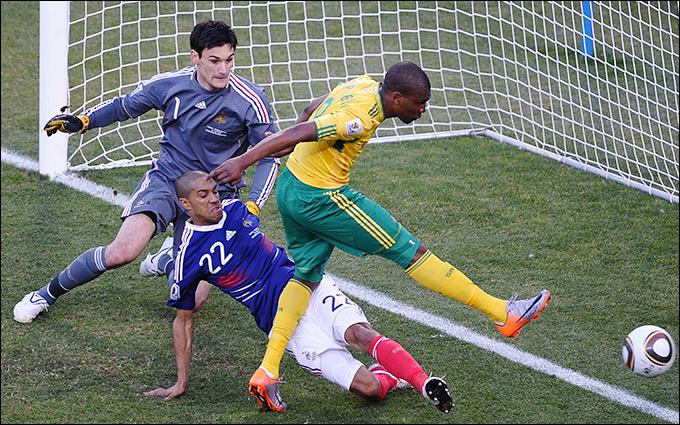 В решающем матче Франция проиграла сборной ЮАР