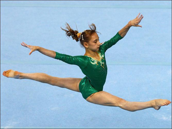 Олимпийская чемпионка Юношеских Игр в Сингапуре Виктория Комова