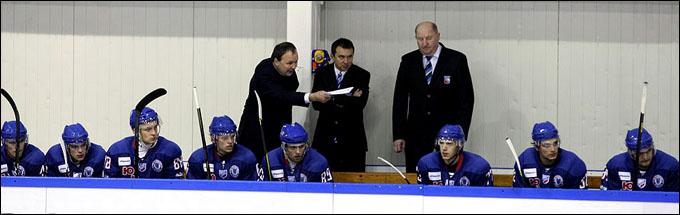 Михаил Захаров и его команда