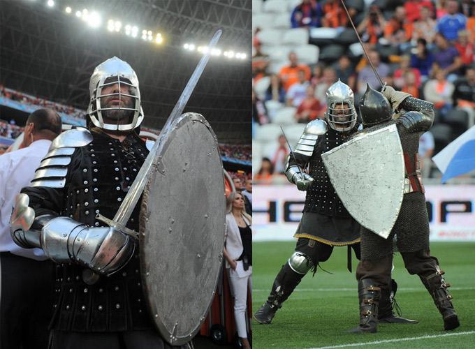 Рыцарские бои перед матчем