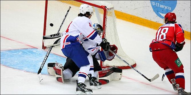 10.08.2010. Россия (U-20) - Франция (U-20) - 8:0. Фото 02.