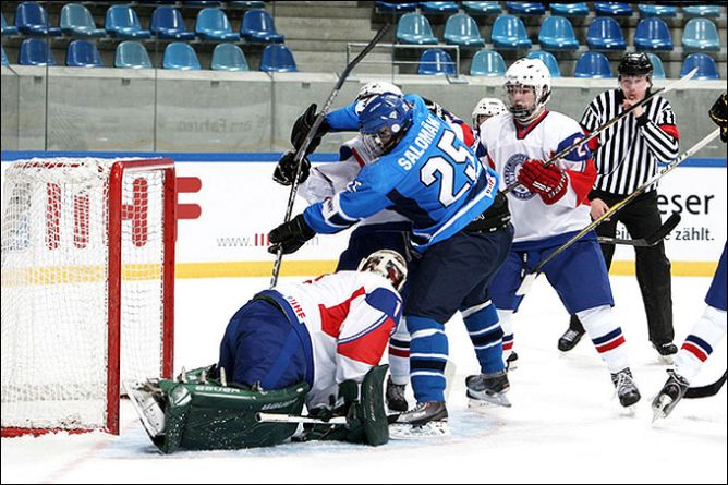 14 апреля 2011 года. Криммитшау. Чемпионат мира среди юниоров. Финляндия — Норвегия — 5:2.