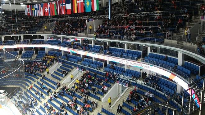 Трибуны «Ледового дворца» в матче Швеция — Латвия