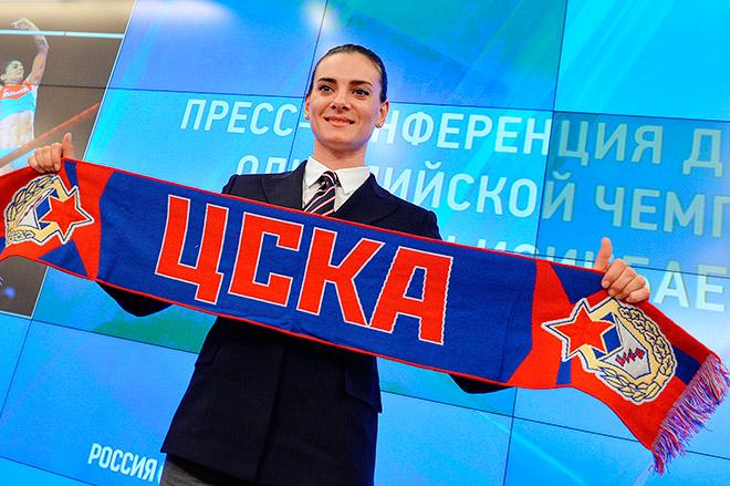 Елена Исинбаева является майором российской армии