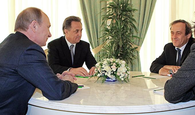 В 2013 году Платини дважды встречался с президентом России Владимиром Путиным