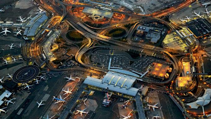 Вид сверху на аэропорт Ньюарк Либерти