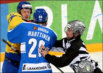 10 ноября 2013 года. Хельсинки. Еврохоккейтур. Кубок Карьяла. Финляндия — Швеция — 2:3 (ОТ). На льду горели страсти