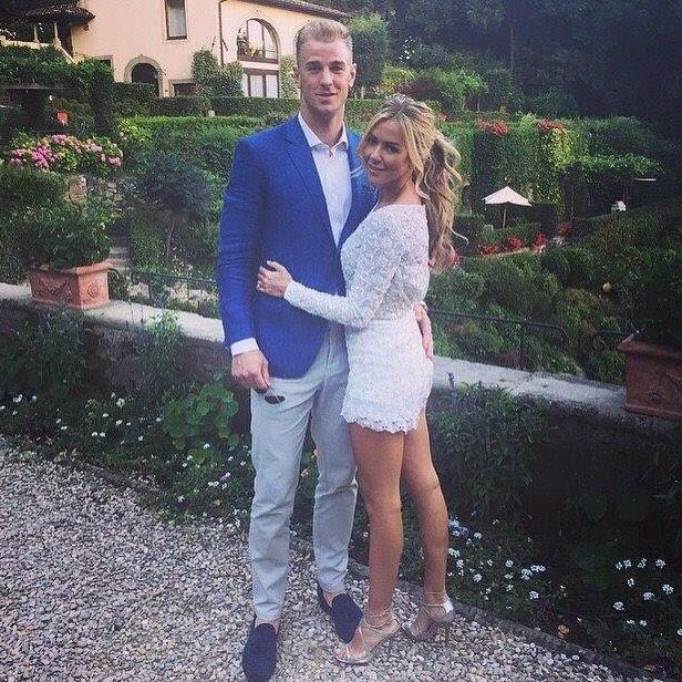 Джо харт и его жена