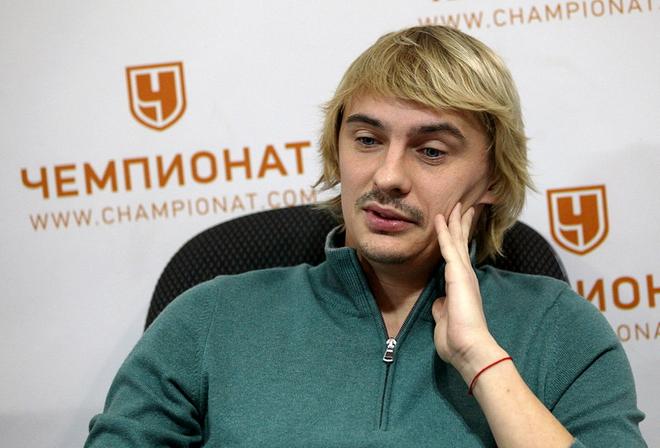 футболист калиниченко