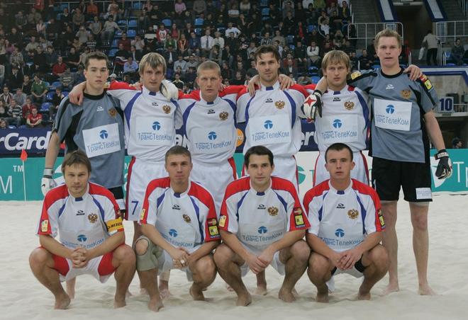 Сборная России по пляжному футболу перед первым матчем Кубка Европы-2005 в «Лужниках»
