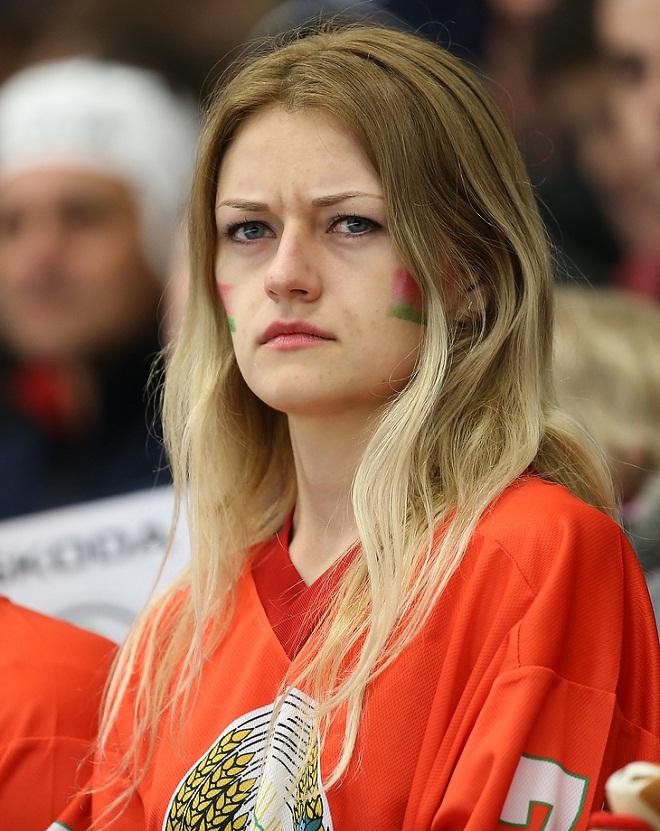 болельщица сборной Беларуси