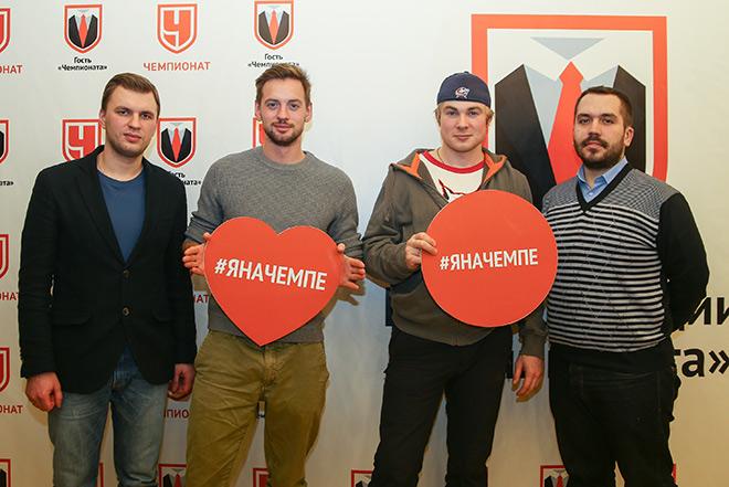 Александр Соколовский и Макар Запорожский с журналистами «Чемпионата»