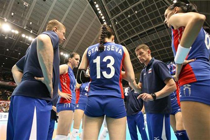 Сборная России одержала две победы на олимпийском отборе в Японии