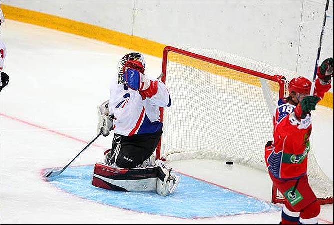 12.08.2010. Россия (U-20) - Франция (U-20) - 7:4. Фото 03.