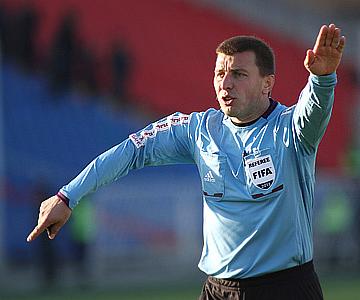 Судья Михаил Вилков стал одним из главных действующих лиц матча