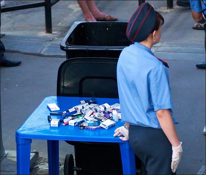 """На """"Олимп"""" не пускают с сигаретами"""