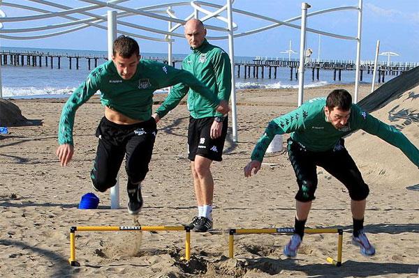 """Тренировка """"Краснодара"""" на песке"""