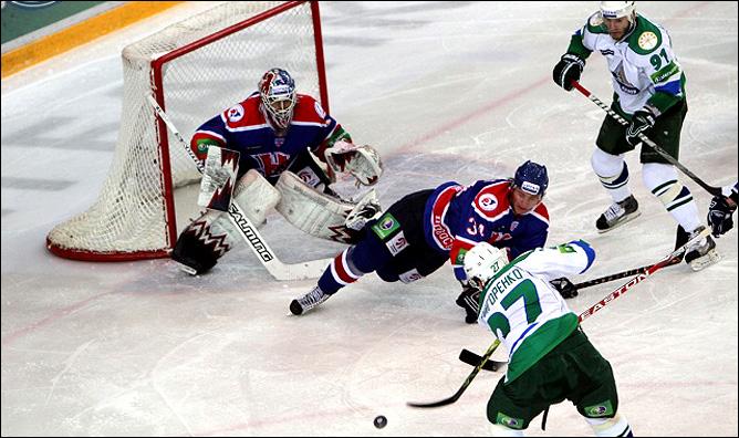 11.12.2010. КХЛ. Сибирь - Салават Юлаев - 2:3 ОТ. Фото 03.