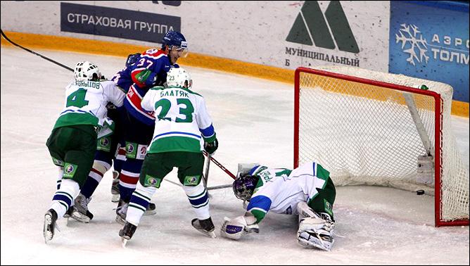 11.12.2010. КХЛ. Сибирь - Салават Юлаев - 2:3 ОТ. Фото 04.