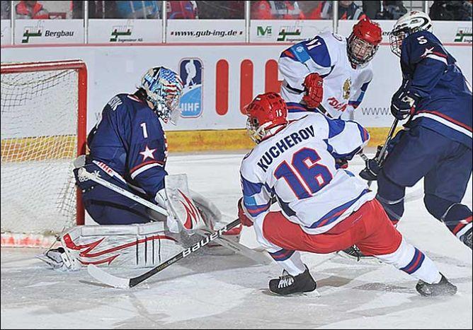 17 апреля 2011 года. Криммитшау. Чемпионат мира среди юниоров. США — Россия — 4:3.