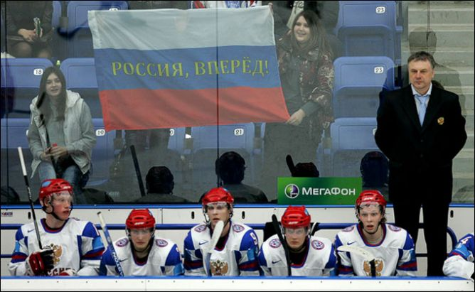 """17 апреля 2011 года. Подольск. Россия (мол.) — """"Красные Звёзды"""" — 3:5."""