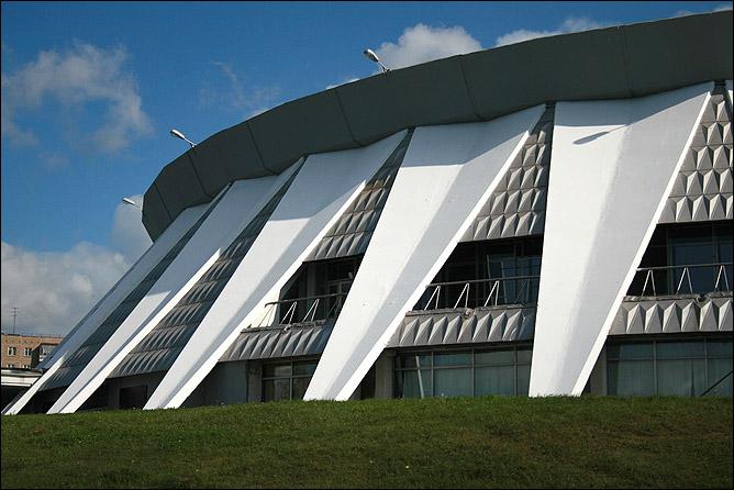 Так теперь выглядит Ледовый дворец в Нижнем Тагиле