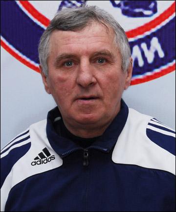 """Тренер """"Южного Урала-99"""" Александр Шарыпин"""