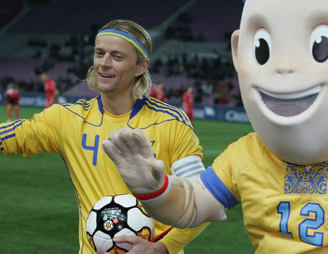 Тимощук играет за сборную с 2000 года