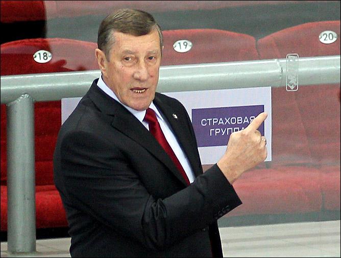 """Главный тренер """"Трактора"""" Валерий Белоусов"""