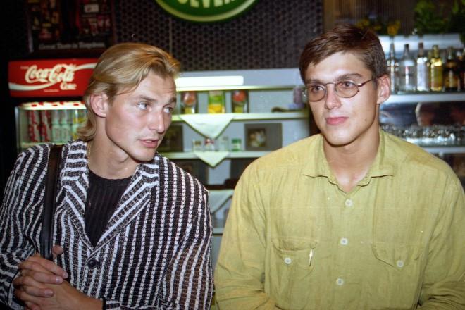 Сергей Фёдоров (слева)