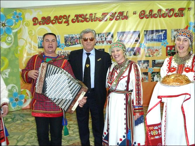 Александр Тихонов принял участие в открытии лыжно-биатлонной школы