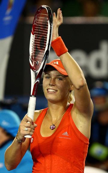 Каролина Возняцки записала на свой счёт 300-ю победу в карьере
