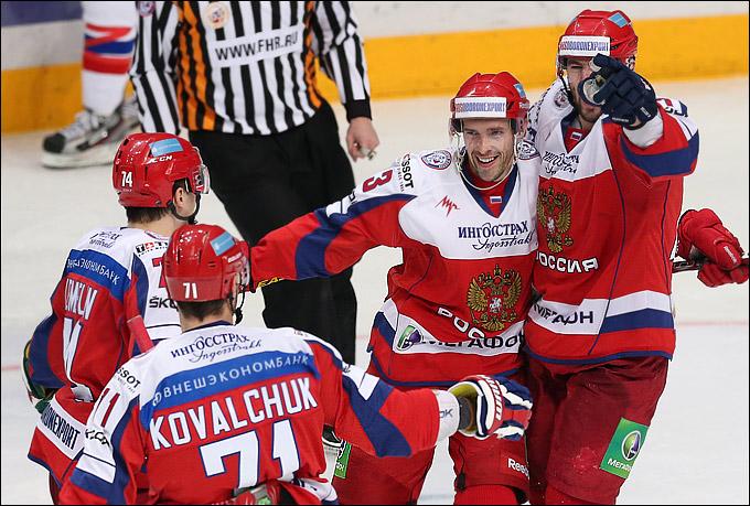 Ковальчук, Дацюк и Радулов показали на Кубке Первого канала хоккей высочайшего уровня