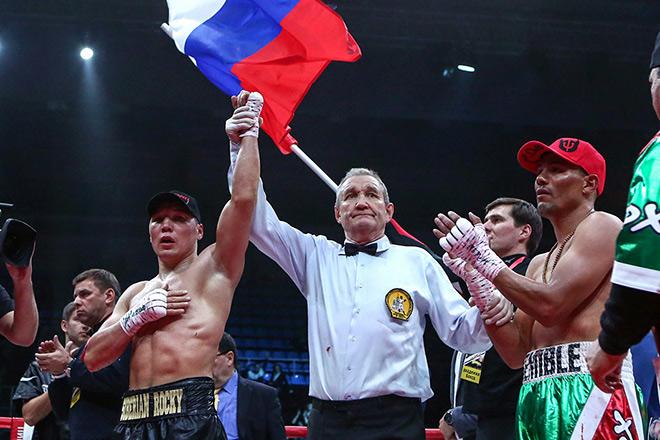 Руслан Проводников одержал победу над Хосе Луисом Кастильо