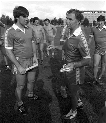 Алексей Касатонов (слева) и Виктор Тихонов в Новогорске. 1984 год