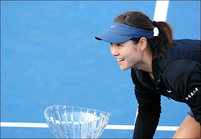 Ли На победила на турнире в Шэньчжэне