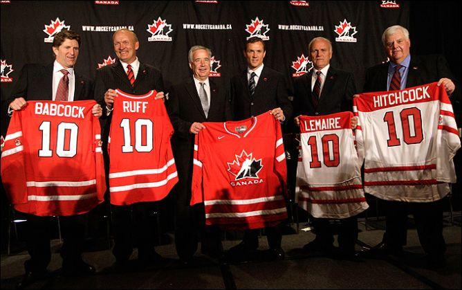 2010 год. Ванкувер. Генеральный менеджер сборной Канады Стив Айзерман со штабом сборной.