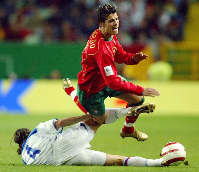 Отборочный турнир ЧМ-2006. Португалия — Россия — 7:1