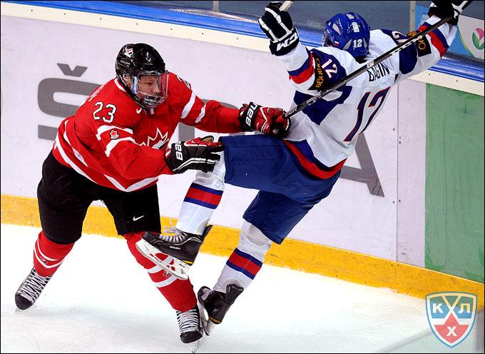 Натан Маккиннон против сборной Словакии