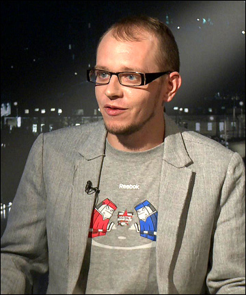"""Ведущий """"Трибуны"""" на КХЛ-ТВ Роман Чернявский"""