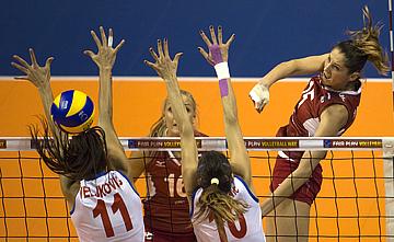 Россия — Сербия — 3:0 (25:23, 25:19, 25:12)