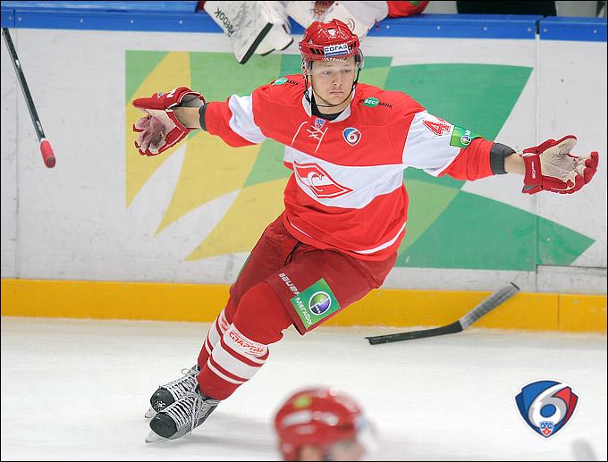 Евгений Кулик: Пока что я не удовлетворён своей игрой на льду. Необходимо прибавлять