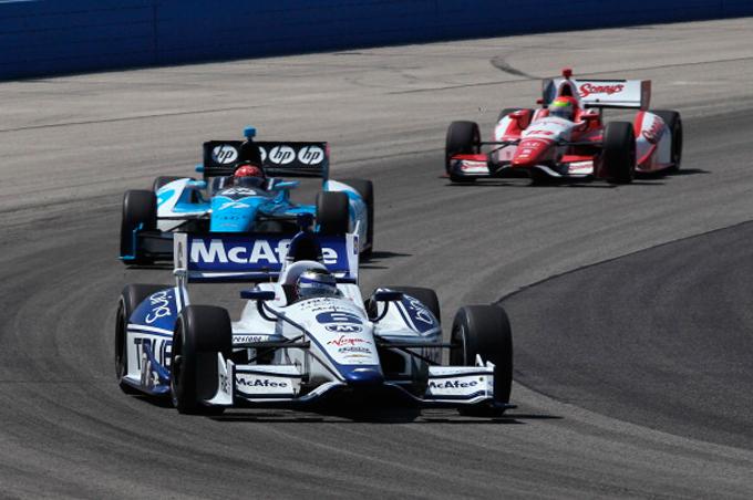 Кэтрин Легг на этапе IndyCar в Милуоки