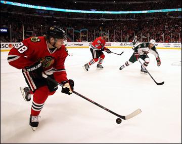 """3 мая 2013 года. Чикаго. Плей-офф НХЛ. 1/8 финала. Матч № 2. """"Чикаго"""" — """"Миннесота"""" — 5:2. В атаке Патрик Кейн"""