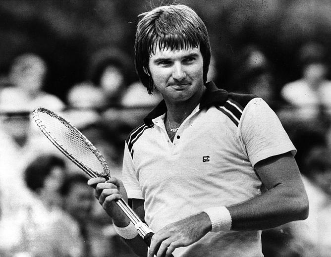Джимми Коннорс сумел победить в Нью-Йорке на всех трёх покрытиях! В 1974 году – на траве, в 1976 – на грунте, а в 1978, 1982 и 1983 – уже на харде.