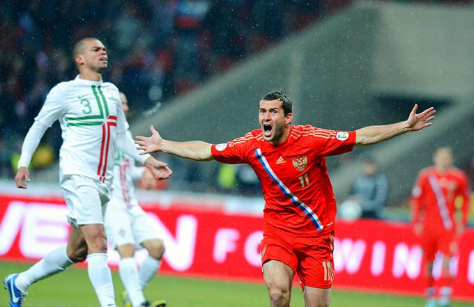 Александр Кержаков забивает победный гол