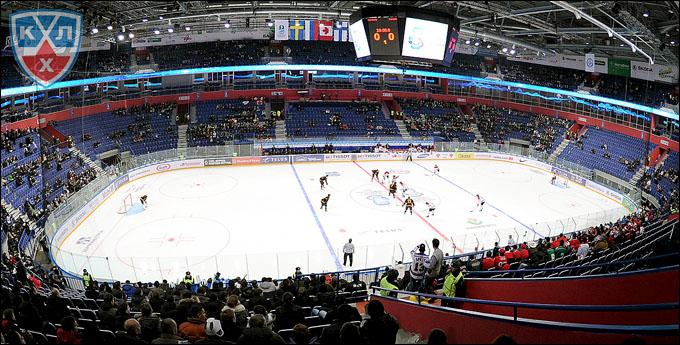 """Матч Канада — Германия: в кассах билеты только на """"углы"""" арены"""