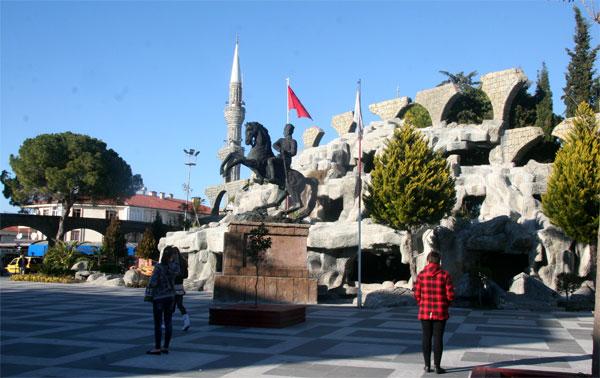 Главная площадь Белека